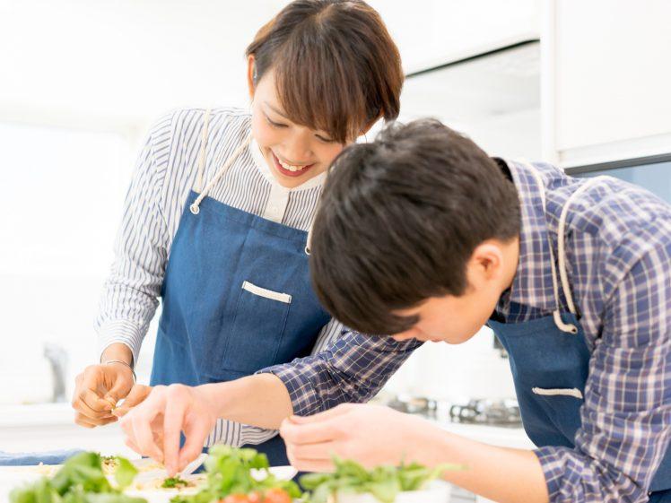 料理の趣味婚イメージ 男女