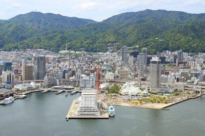 神戸港上空