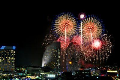 横浜の花火 デート