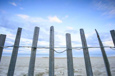 ヌーディストビーチの入口