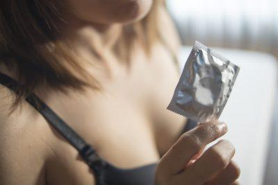 コンドームを出してくれる風俗嬢