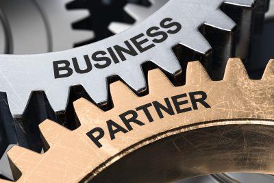 ビジネスの関係からパートナーになる歯車