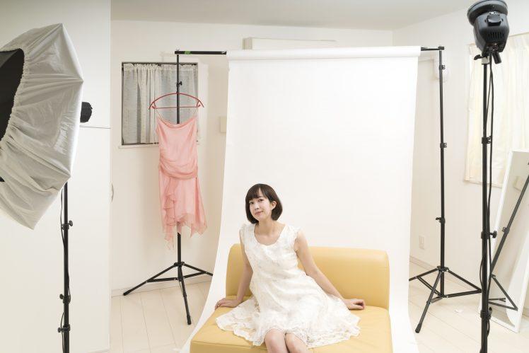 宣材写真を撮る女性